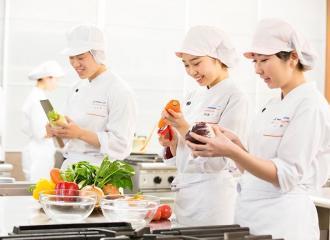 Tìm hiểu về lương của người làm trong ngành công nghệ thực phẩm